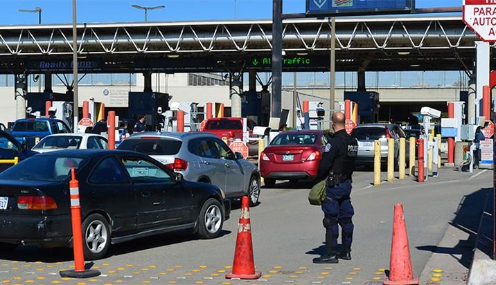 EU nuevamente amplía cierre de fronteras con México y Canadá
