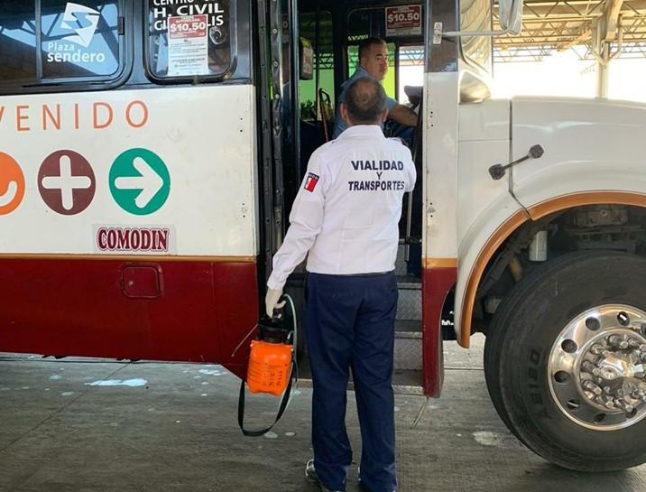 Sólo se podrán utilizar la mitad de los asientos en los camiones en Sinaloa