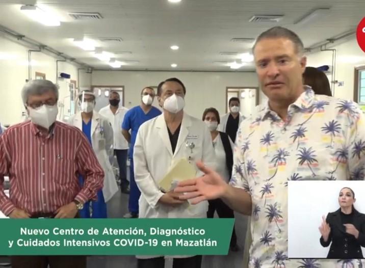 Desafía QOC a priístas, transmite en vivo y sin cubrebocas