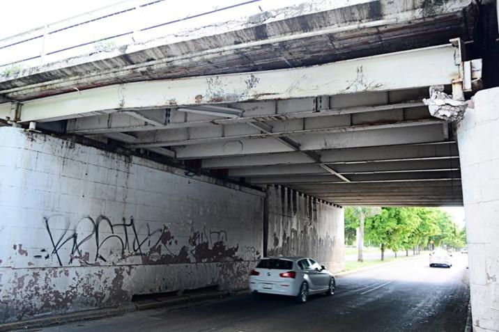 PC Municipal realiza recorrido para verificar las condiciones del puente Miguel Hidalgo